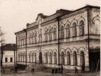 Шк. №1, Дух. училище 1955.jpg