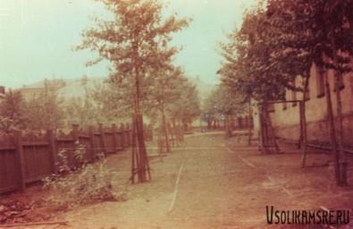 Боровск.  Вид на поликлиннику от моего дома.jpg