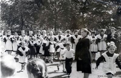 """Последний звонок, 11""""б"""" класс, школа №3 1962."""