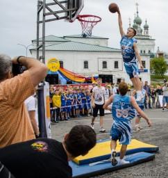 Летающие баскетболисты..12879