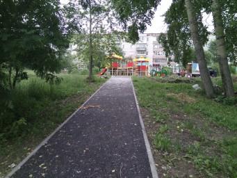 Строительство детской площадки на Советской-Кузнецова