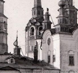 Воскресенская и Рождественская церкви, 30-е годы 20 века.jpg