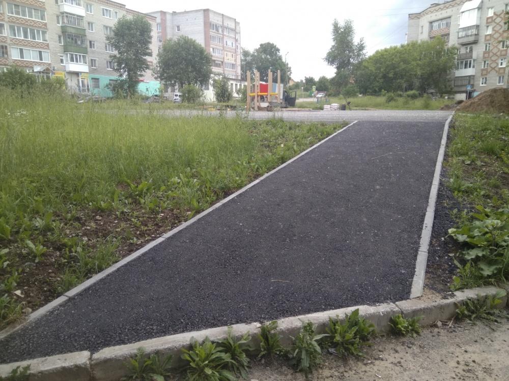 Установка новой детской площадки