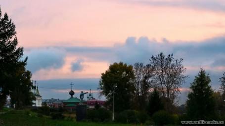 Ленин, храмы и закат