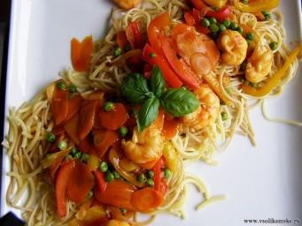 shrimp_pasta_with_tomato_sauce.jpg