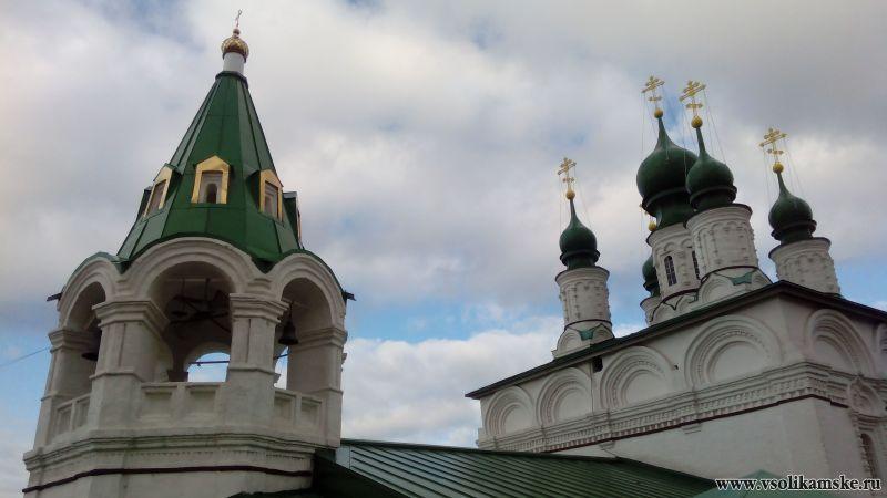 Новые купола Спасо-Преображенской церкви - крупнее