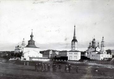 Соликамск - центральный архитектурный ансамбль. Фото 1900 года