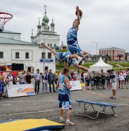 Летающие баскетболисты..12880