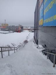Лестница за ТЦ Экватор