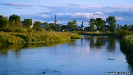 Август на реке