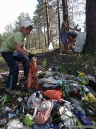 Субботник на 42-м км Красновишерской трассы