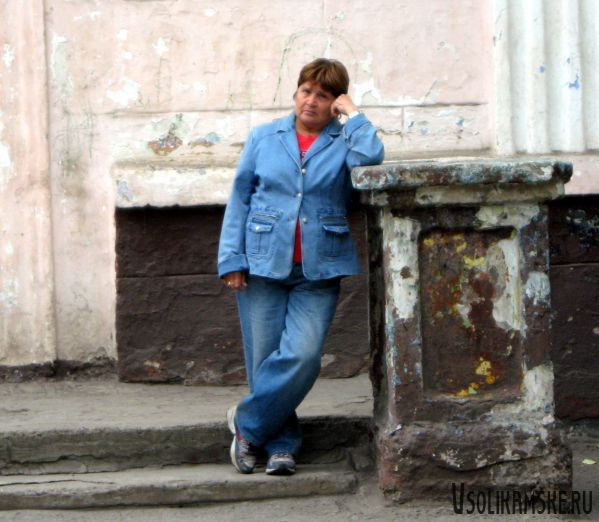 Татяна Яковлева на пороге школы
