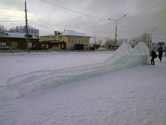 Ледяная горка для самых маленьких