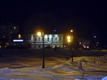 Ночь, улица, фонарь...бутылки...