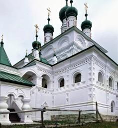 2018г. Свято-Троицкий собор - древнерусский православный храм .